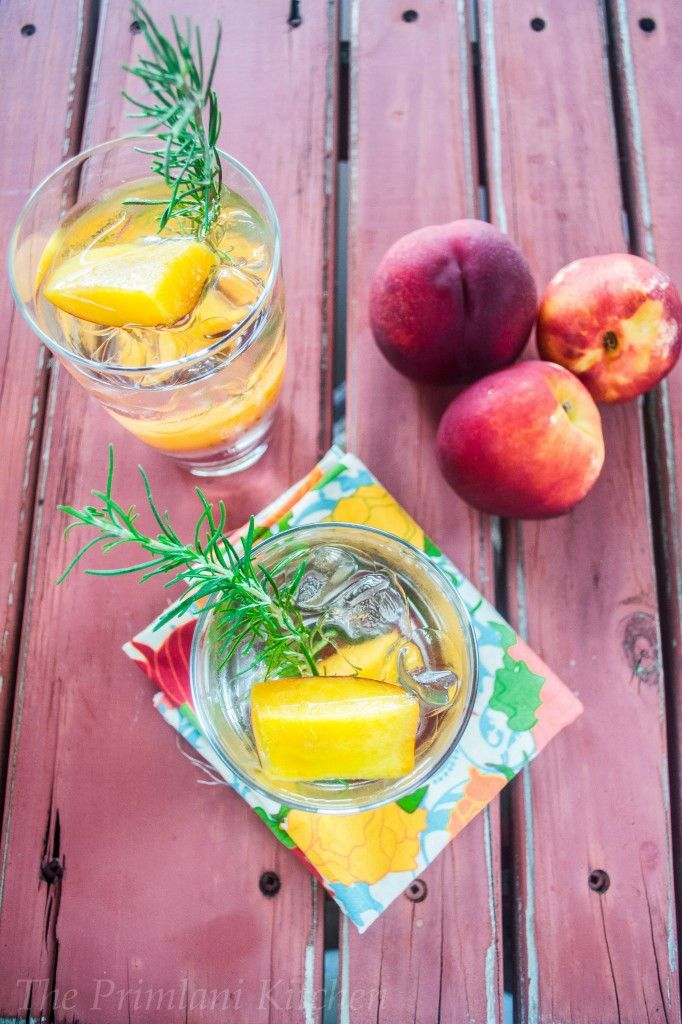 Peaches & Spice #SpicyChat Cocktail Made Irresistible with Champagne!