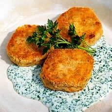Delia Smith's Salmon Fishcakes - Love making these. Love eating them ...