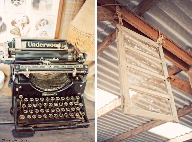 Wedding decor old typewriter window mariage for Decoration bord fenetre