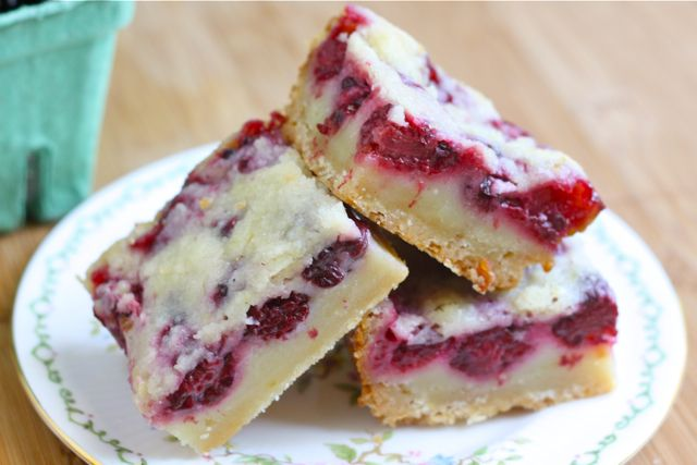 Blackberry Pie Bars These bars may be the best dessert I've made all ...