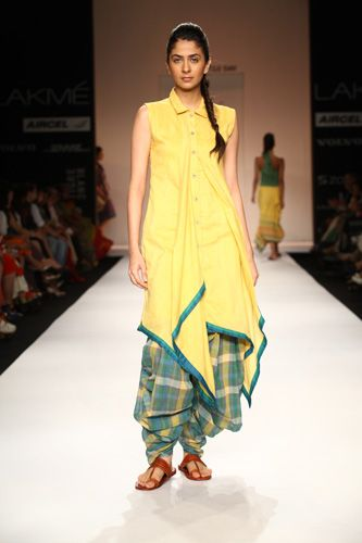 http://lakmefashionweek.co.in/... | Desi Style | Pinterest