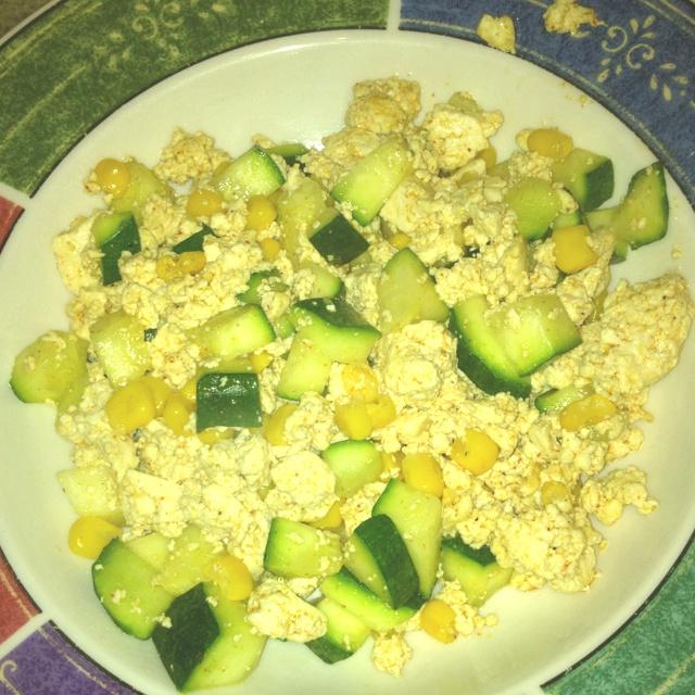 Southwestern tofu scramble | My Housewife Portfolio | Pinterest