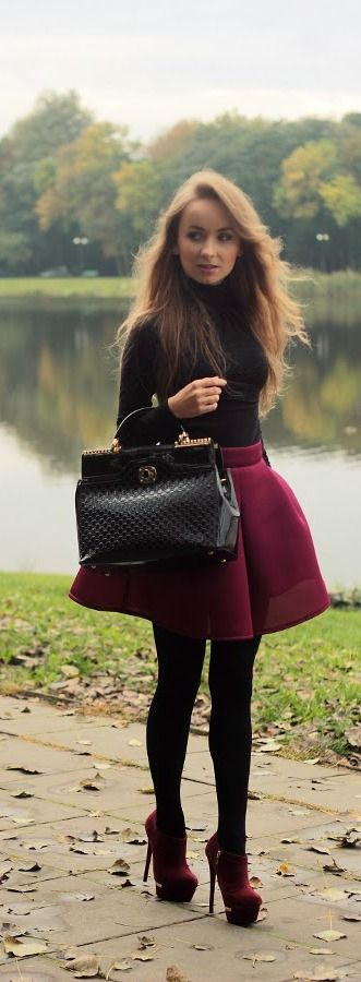 burgundy skirt fall fashion