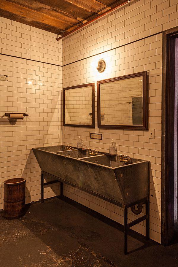 Bathroom restaurant