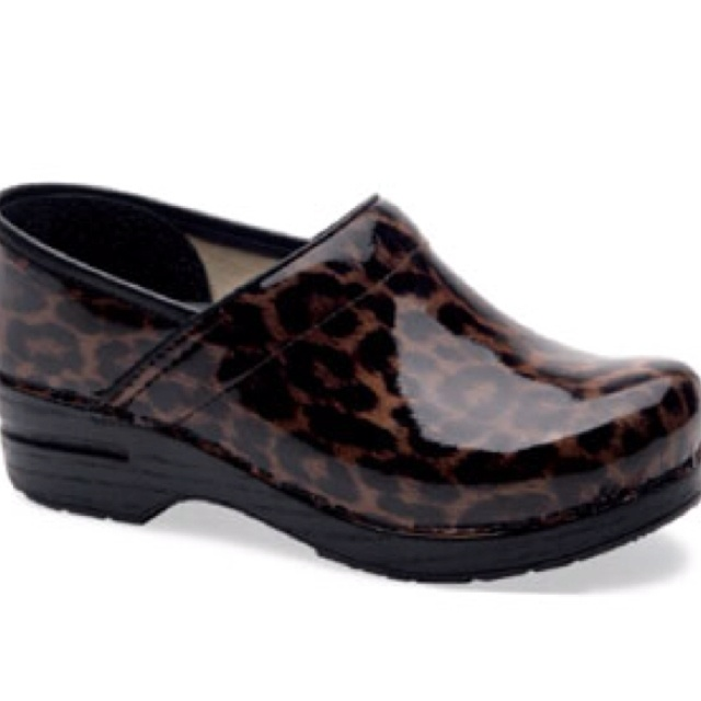 Most comfortable shoes for work. Gonna get these when I start