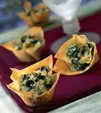 """Spinach-Artichoke Party Cups"""""""