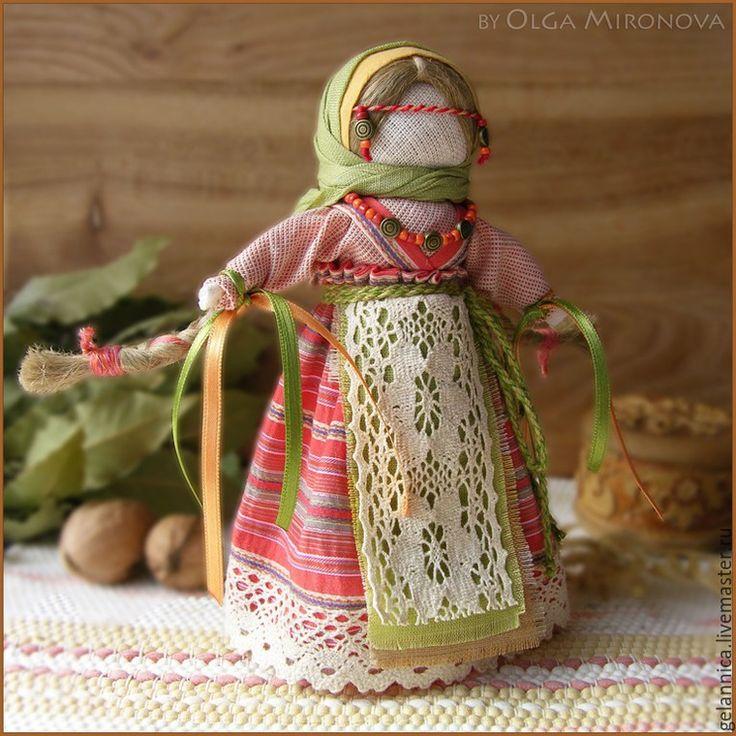 Красивая народная кукла своими руками 77