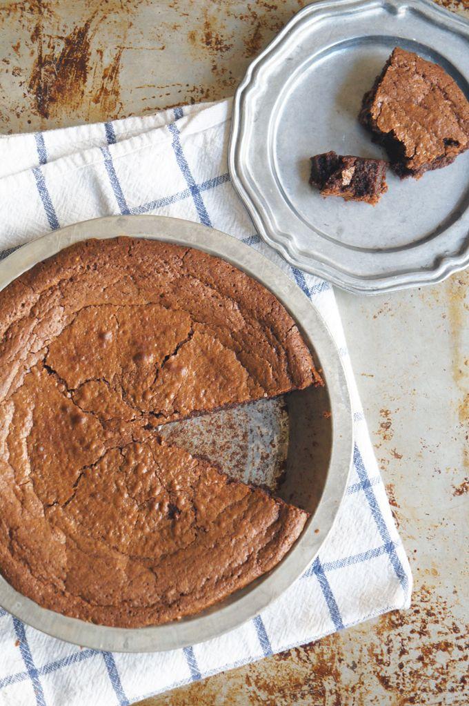 Sugary & Buttery - Flourless Hazelnut Chocolate Ganache Cake (gluten ...