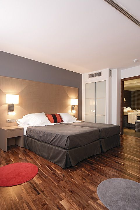 hotel marques vallejo: