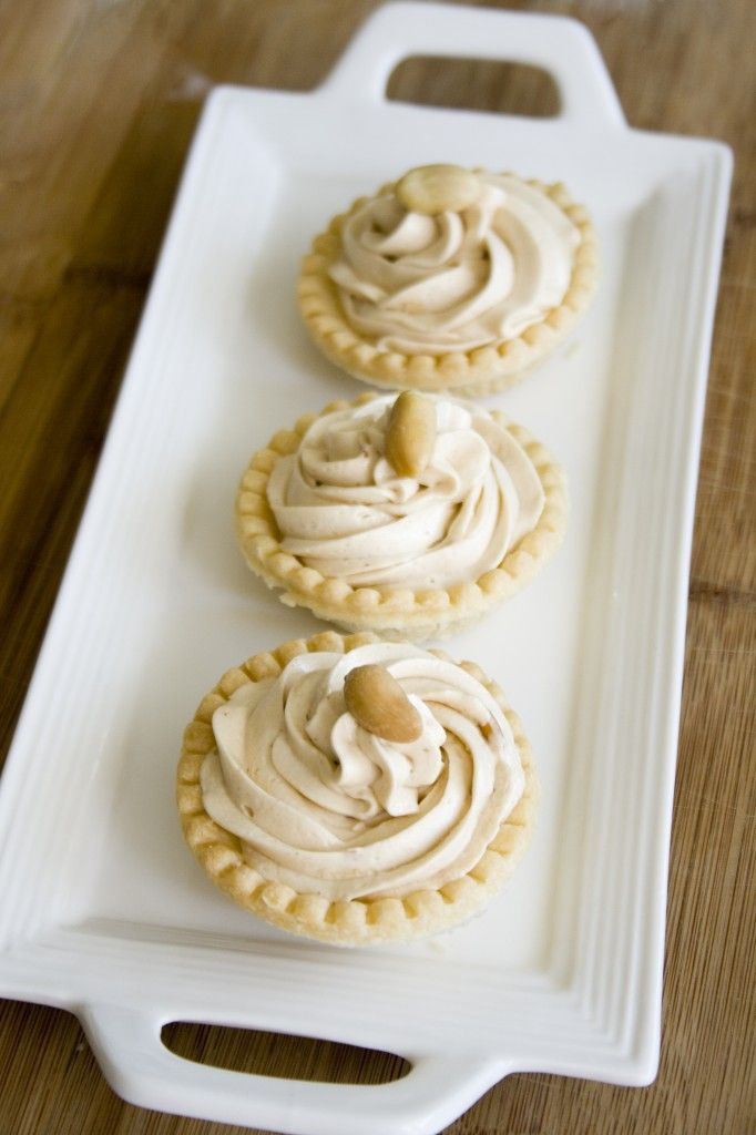Peanut Butter Cheesecake Tarts | Peanut Butter & Chocolate food | Pin ...