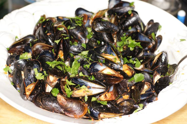 and tomato sauce with pasta smilelovelive mussels in a yellow tomato ...
