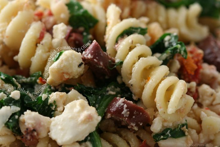 Pasta Salad with Spinach, Feta, Sun-Dried Tomatoes and Olives