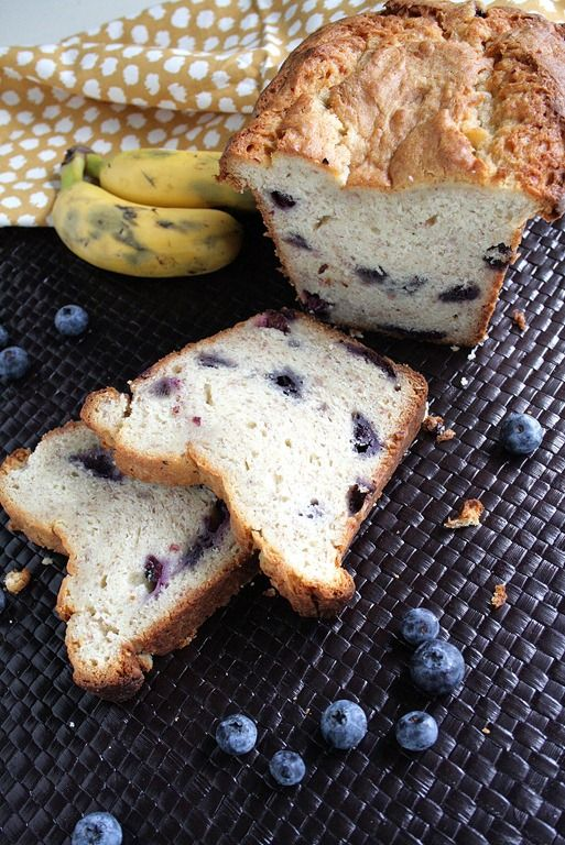 Blueberry Cream Cheese Banana Bread via @doughmesstic