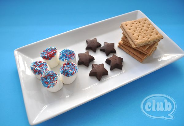Patriotic Smores- Re-pinned by @PSNMagazine_ Please Visit http://pinterest.com/psnmagazine/ for all our parenting special needs pins.
