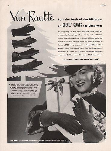 Vintage Christmas themed Van Raalte Doevel Glove ad from 1939. #vintage #gloves #1930s #ads