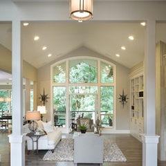 Traditional living room by vidabelo interior design