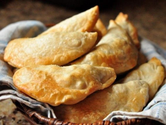 baked empanadas, good for mexican night when we are sick of tacos!