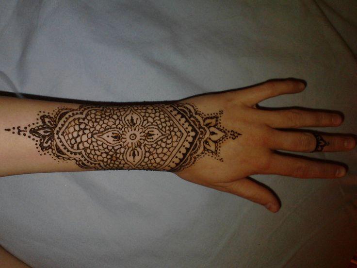 Mehndi For Wrist : Henna wrist tattoo inspiration pinterest