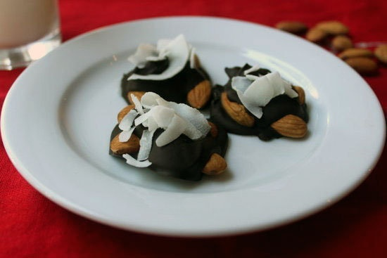 Paleo Dark Chocolate Nut Clusters   Recipe