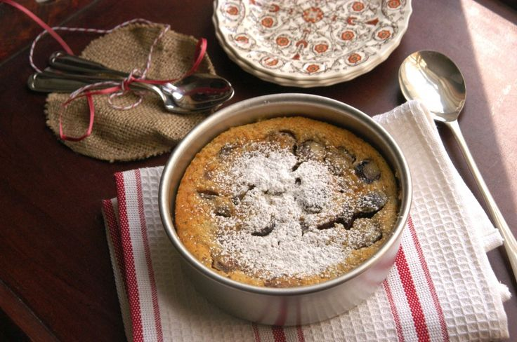 Cherry Almond Clafoutis | Clafoutis/Flaugnarde Recipes | Pinterest