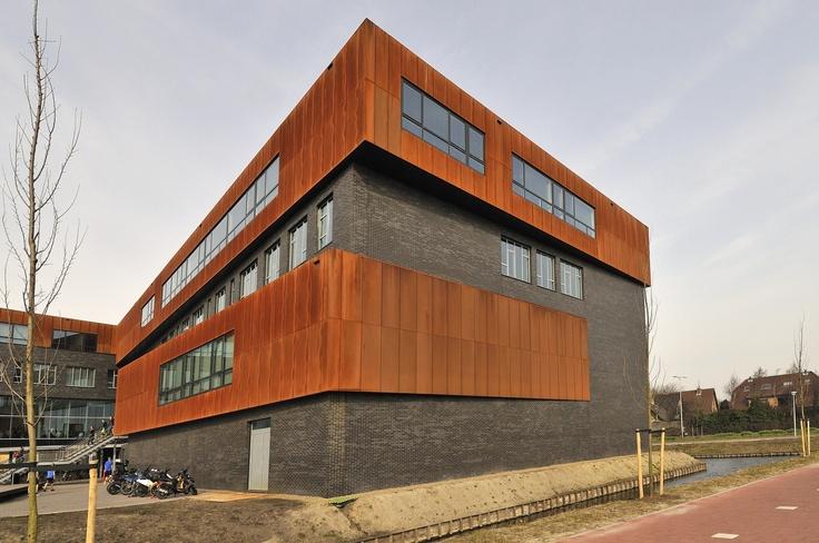 Scholengemeenschap isw te naaldwijk voor de leeconstruct stalen binnenspouwbladen is een - Architectuur staal corten ...