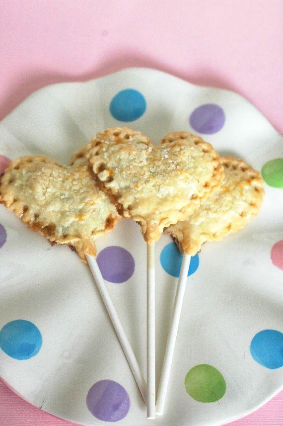 Heart Shaped Pie Pops | Yummy treats | Pinterest