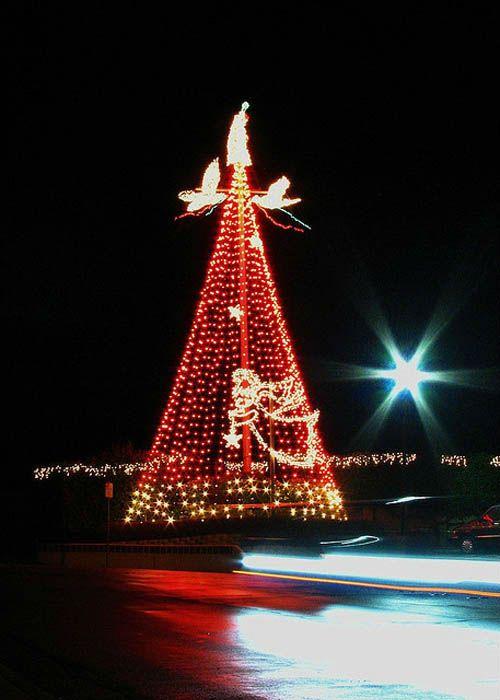 Flagpole Christmas Tree Lights