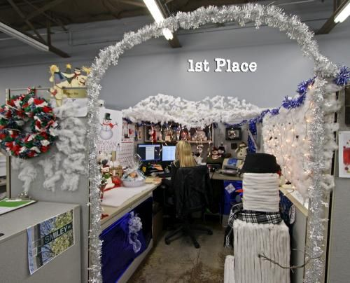 a Winter wonderland  Office Cubes  Pinterest ~ 115046_Ideas For Christmas Decorations In Office Cubicle