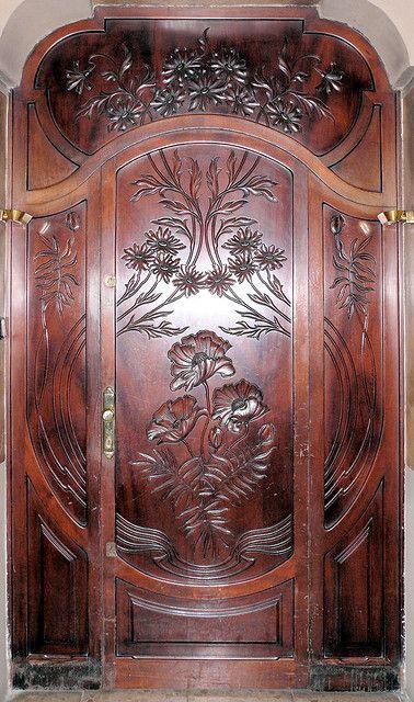 Carved wood door barcelona spain beautiful pinterest
