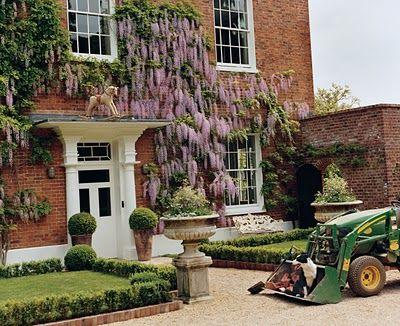Stella McCartneys wisteria covered house