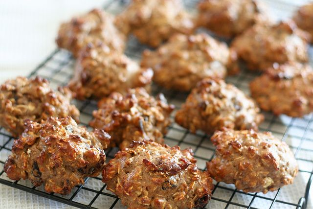 High Protein Healthy Oatmeal Cookies | Recipe
