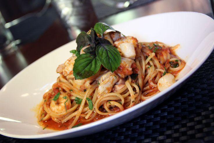 Linguini And Shrimp Fra Diavolo Recipes — Dishmaps