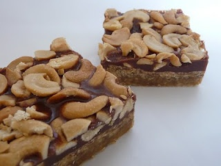 Salted Cashew and Caramel Bars | Food and Drink | Pinterest