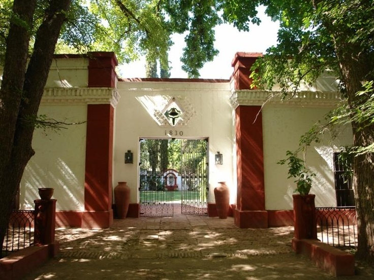 """""""""""Estancia BOMBAL""""""""( por la ruta del vino) San Rafael, prov. Mendoza"""