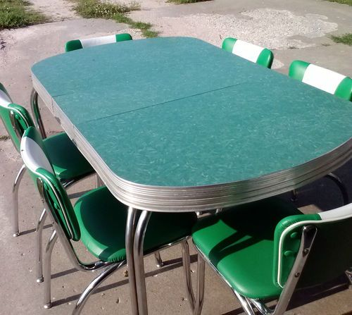 1950 39 s vintage retro green chrome dinette table w 6 chairs for Kitchen set for 9 year old