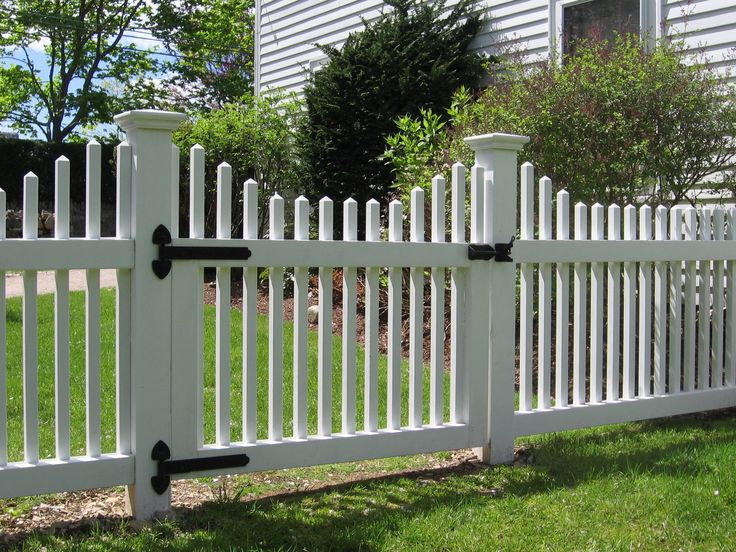 Scalloped Picket Fence Google Search Outside Pinterest