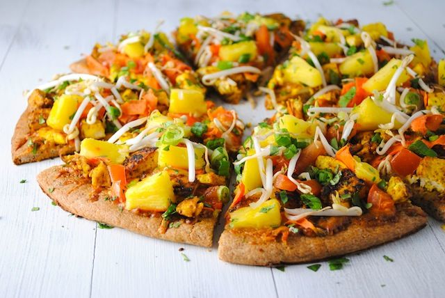 Thai Tofu Pizza with Spicy Peanut Sauce - A Pad Thai-inspired pizza! A ...