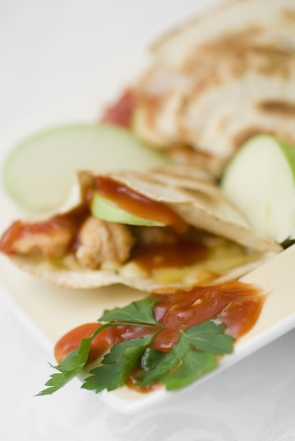 recipe for easy cheesy apple chicken quesadillas with bacon. site isn ...