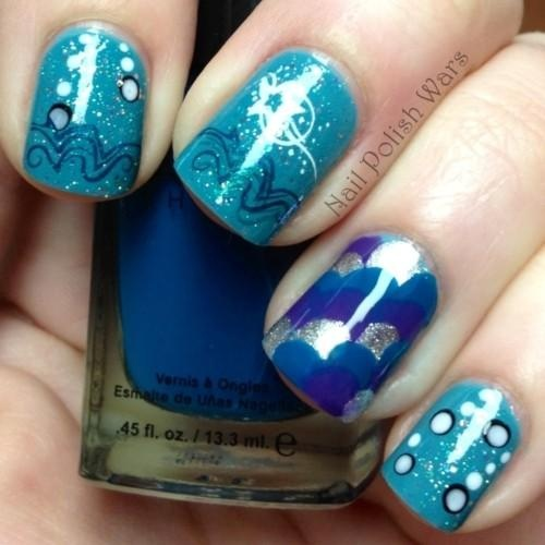 Pretty blue aqua nails