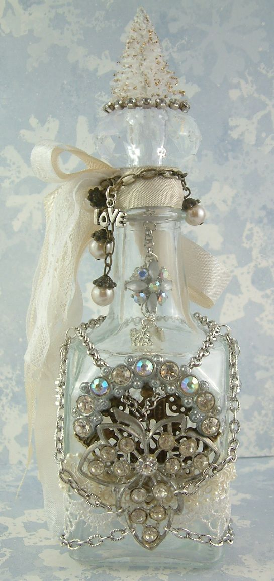 Artfully Musing: Altered Bottle from Melanie Hall