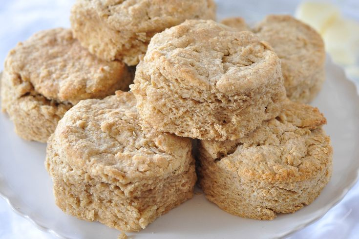 Whole Wheat Honey Buttermilk Biscuits | I love food, I apologize for ...