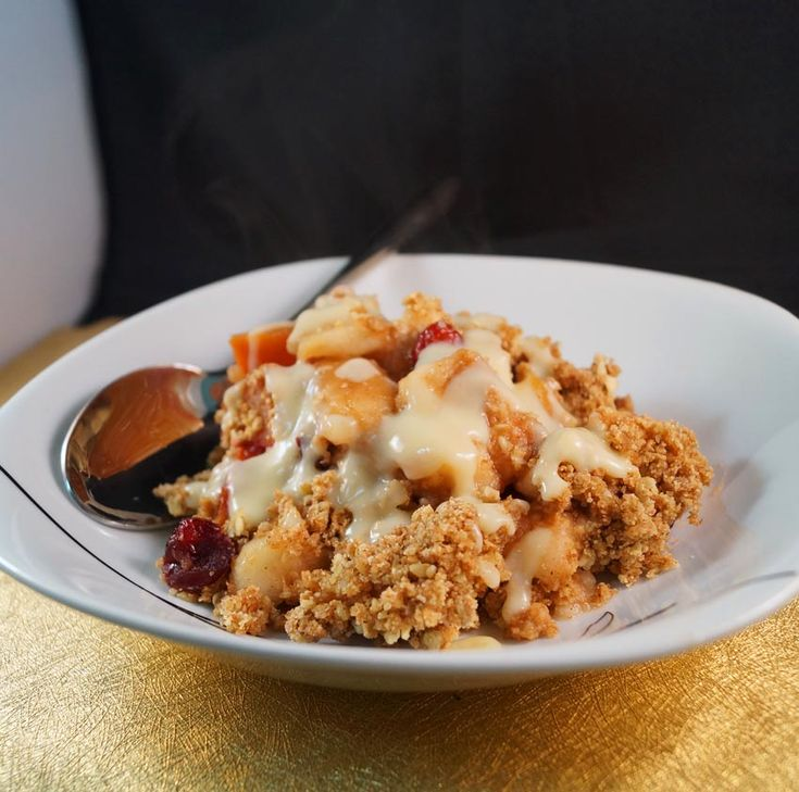 Apple, Plum & Cranberry Crumble sm | Food... some vegan, some not | P ...