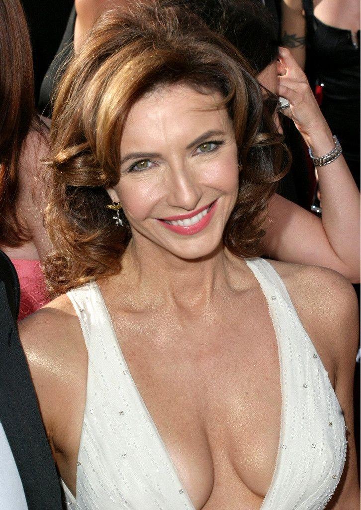 actress mature