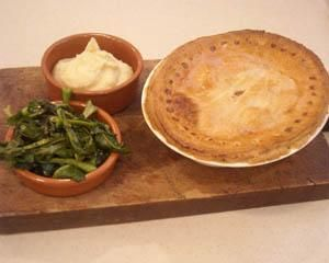 Chicken, ham and mushroom pie | Recipe