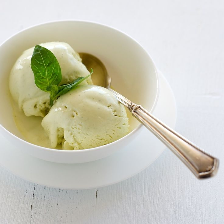 Basil Ice Cream — Pixels + Crumbs. I'd never make this, but it ...