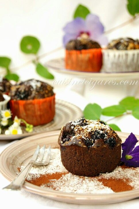 Very soft Chocolate, Blackberries, and Coconut Muffins