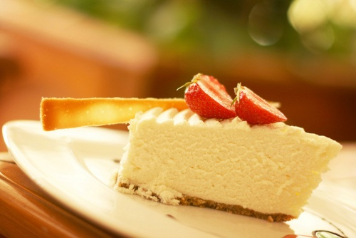 Light Cheesecake with Strawberries | Everything strawberry | Pinterest
