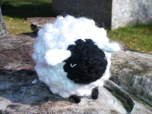 Free Amigurumi Pattern: Sheep Crafts and Crochet Pinterest