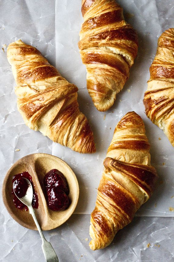 Freshly Baked Croissants With Raspberry Jam / Mowie Kay