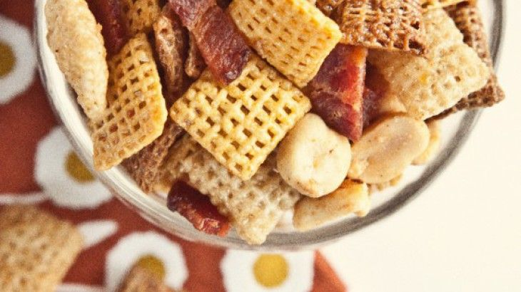 Maple Bacon Party Mix | Food - Game Day | Pinterest